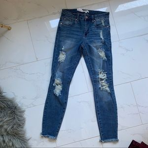 Bp NWT Jeans size 25 stretchy & distressed